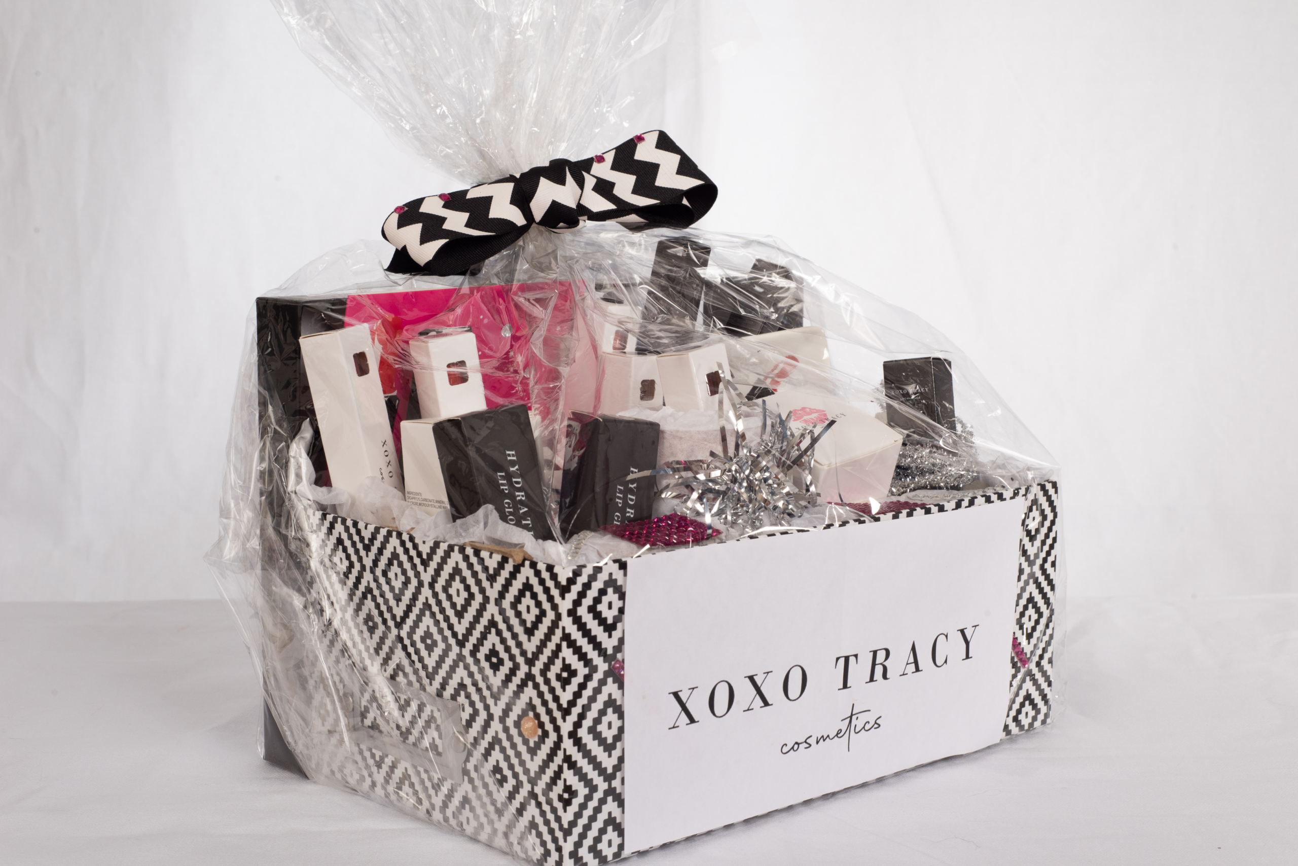 XOXO TRACEY - Cosmetics